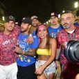 Gabriel Medina foi para casa de Anitta após curtirem camarote em desfile de Carnaval com Neymar.