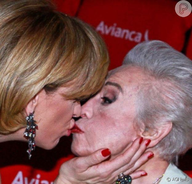 Claudia Raia fez nova homenagem para a mãe, dona Odette, morta durante a semana: 'Voe para a luz, rainha Raia!'