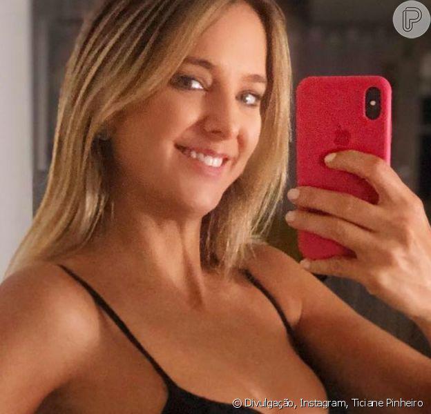 Ticiane Pinheiro exibe barriga de grávida em foto publicada no Instagram, neste sábado, dia 24 de março