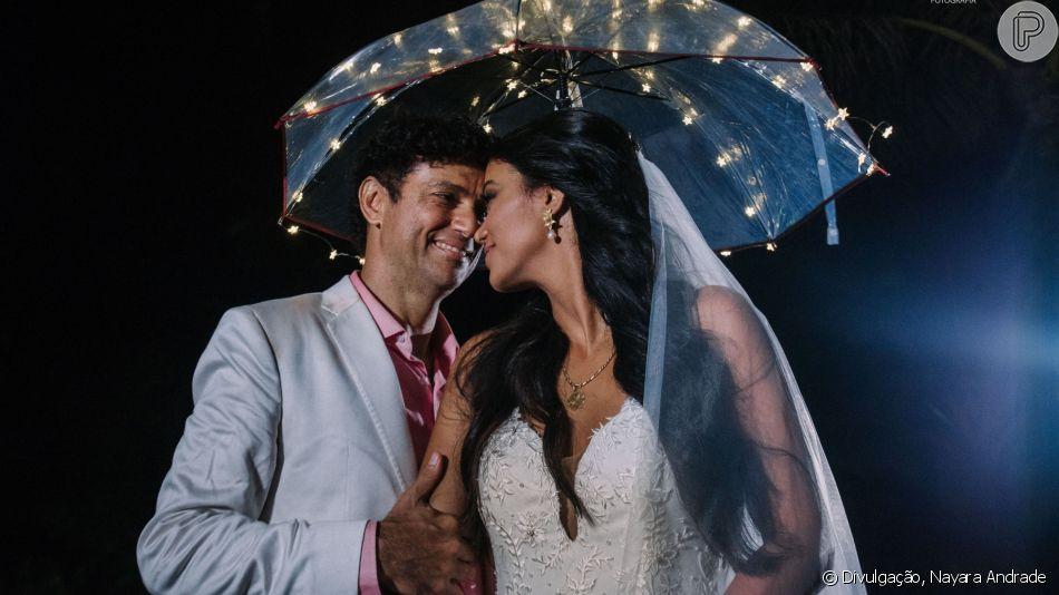 O cantor Jorge Vercillo e a biomédia Martha Suarez se casarão no dominog (7), na Praia de Itapuã, na Bahia