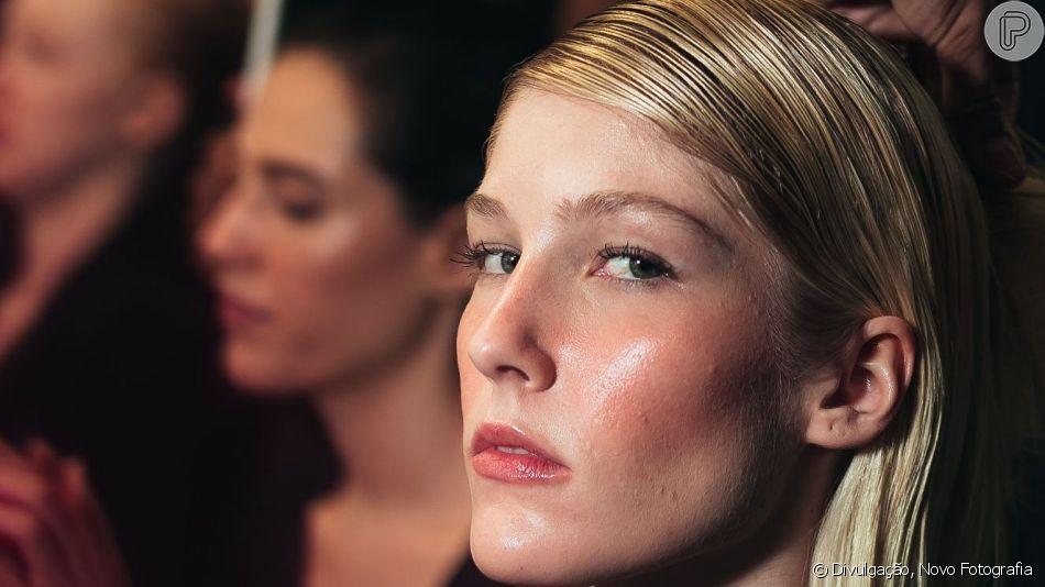 Veja dicas de uma boa preparação de pele para a maquiagem durar o dia todinho