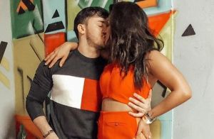 Mileide Mihaile beija cantor Wallas Arrais após assumir namoro: 'Felizes'. Foto!