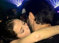 Rodrigo Simas e Agatha Moreira se beijam em festa com mais famosos. Fotos!