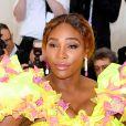 Serena Williams optou por maquiagem bem leve e olho delineado
