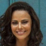 Viviane Araujo e diretor Rogério Gomes estão se conhecendo melhor, diz colunista