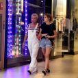 Xuxa também entregou que deu uma forcinha no primeiro beijo da filha, Sasha