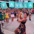 Anitta se diverte ao ouvir funk em balada na Indonésia