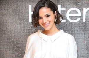Com looks fashionistas, Bruna Marquezine revela timidez em ensaio: 'Travada'