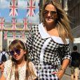Ticiane Pinheiro se encantou com a filha, Rafaella Justus, em apresentação na escola: 'Minha princesa!'