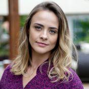 Juliana Silveira posta foto nua e web recorda novela: 'Nude de Floribella'. Veja