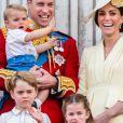 Filhos de Kate Middleton e príncipe William roubaram a cena em festa da bisavó, a rainha Elizabeth II