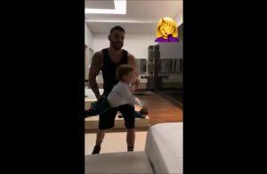 Momento pai e filho! Gusttavo Lima joga Gabriel na cama em brincadeira: 'Adora'
