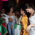 Bruna Marquezine curtiu festa com Camila Queiroz e mais famosas nesta quinta-feira, 20 de junho de 2019