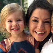 Thais Fersoza se surpreende ao ver a filha, Melinda, contando em inglês. Vídeo!