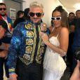 Anitta se apresentou ao lado do cantor porto-riquenho Pedro Capó