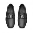 Sapato de Kaká Diniz da Louis Vuitton custa R$ 2,5 mil