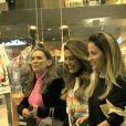 Juliana Paes ausa moletom de filme conhecido em passeio em shopping no Rio de Janeiro, nesta quinta-feira, dia 18 de julho de 2019