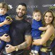 Filhos de Andressa Suita e Gusttavo Lima, Gabriel e Samuel com frequência combinam o mesmo look