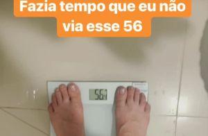 Irmã de Maiara, Maraisa mostra o resultado da dieta na balança: '56 quilos'