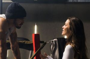 'A Dona do Pedaço': Rock acaba namoro ao descobrir que Fabiana toma pílula