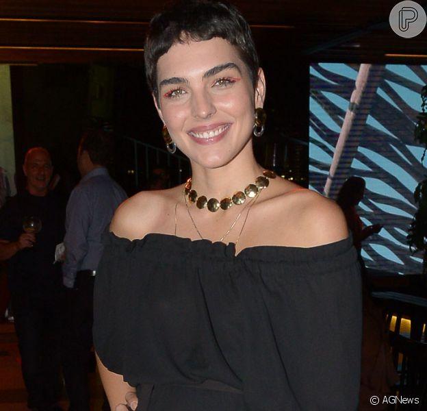 Sheron Menezzes e Júlia Konrad prestigiam o lançamento da coleção verão 2020 da marca Mob no Ferra Jockey, em São Paulo, na noite desta segunda-feira, 11 de agosto de 2019