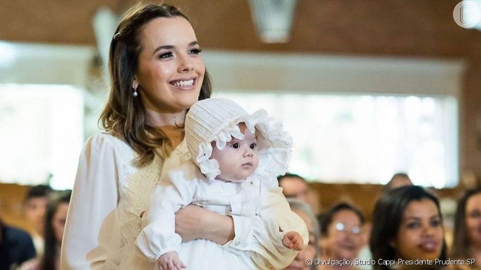Thaeme Mariôto celebrou o batizado da filha, Liz, neste final de semana