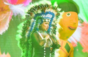 Xuxa Meneghel se posiciona a favor dos índios e da natureza durante show. Veja!