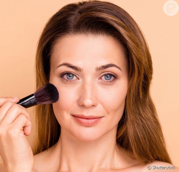 Maquiagem para pele madura sem mistérios! Confira truques de especialista para valorizar o visual