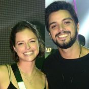 Agatha Moreira confunde ex com Rodrigo Simas e recebe declaração do ator na TV