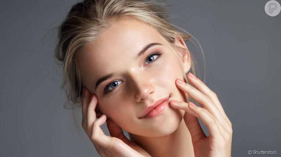 Conheça 5 itens de maquiagem que também cuidam da pele!