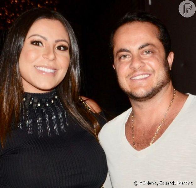 Grávida do primeiro filho, Andressa Ferreira exibiu o barrigão em leilão beneficente com o marido, Thammy Miranda, na noite desta quarta-feira, 11 de setembro de 2019