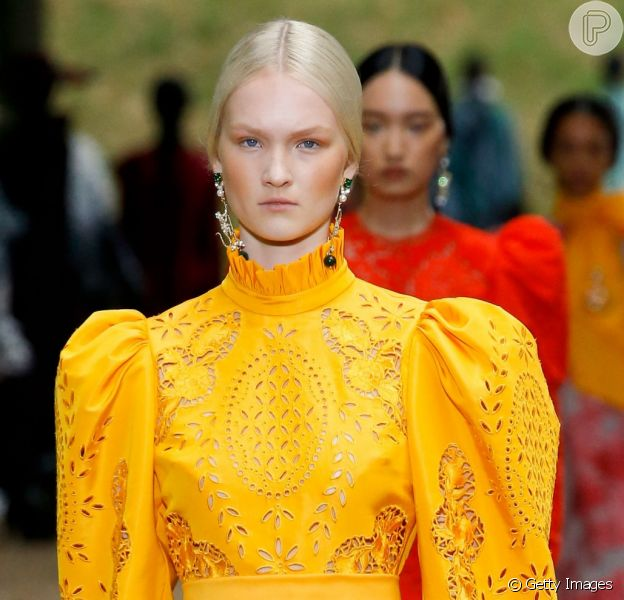 A Semana de Moda de Londres está cheia de tendências para a primavera/verão 2020!