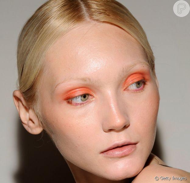 As maquiagens da Semana de Moda de Milão estão a cara do verão!