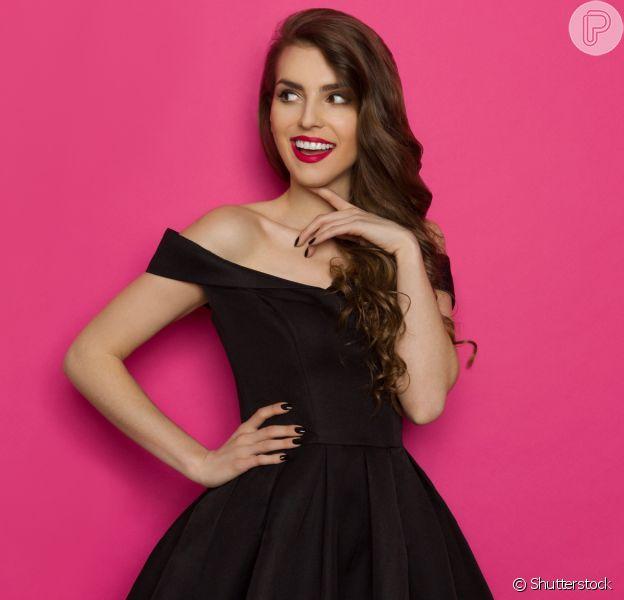 Vestido preto: modelo cocktail dress é indicado por consultora de moda para convidadas de um casamento