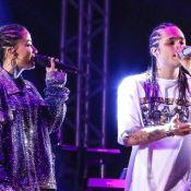 Vitão dá colo para Anitta no bastidor antes da estreia da funkeira no RIR. Foto!