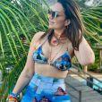 Corpo de Solange Almeida chamou atenção em foto na web