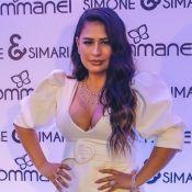Simone recebe elogios por decote e cabelos ondulados no 'Domingão': 'Perfeição'
