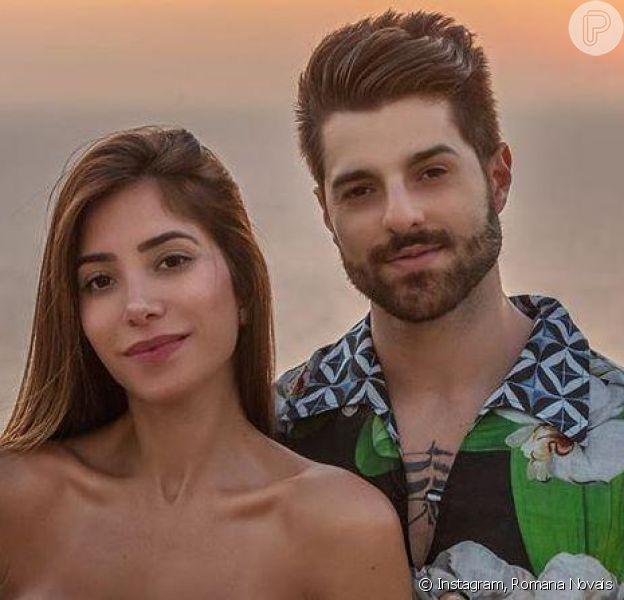 Grávida do primeiro filho, Romana Novais ganhou carinho do marido, Alok, durante malhação