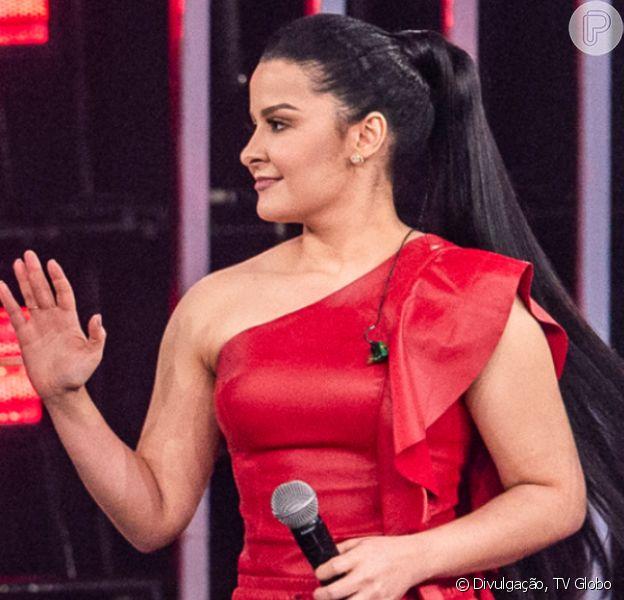 Maraisa combina vestido decotado e tênis D&G com cristais em show na noite de sábado, dia 03 de novembro de 2019