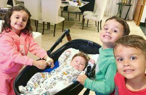 Filhos de Matheus Aleixo e Paula Aires combinam look em foto: 'Príncipes'. Veja!