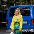 Tie dye tem a cara do verão: escolha vestidos e peças para aproveitar o mood levinho da estampa manchada
