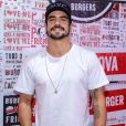 Caio Castro evita falar sobre vida amorosa em vídeo com Giovanna Ewbank neste sábado, dia 23 de novembro de 2019