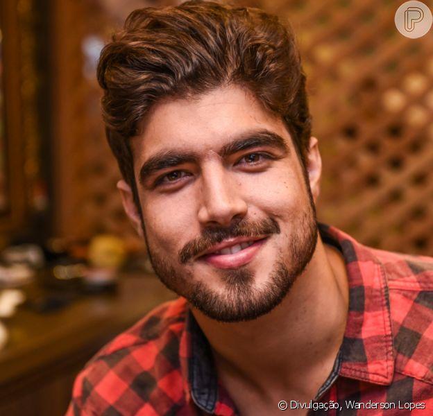 Caio Castro revela intimidade em cenas de novela em vídeo com Giovanna Ewbank neste sábado, dia 23 de novembro de 2019