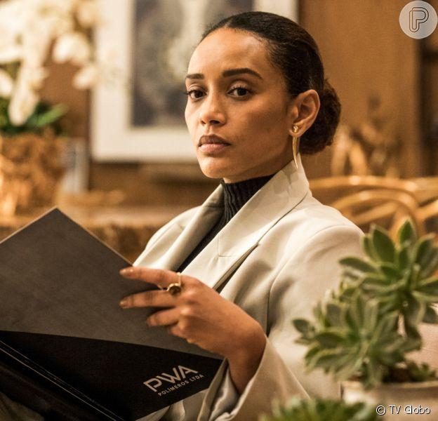 Vitória (Taís Araújo) descobre que está grávida quando menos esperava na novela 'Amor de Mãe'