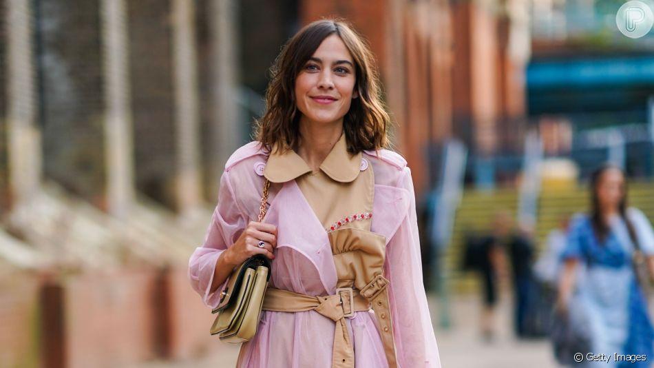 Moda com transparência: inspire-se em 15 fotos de looks poderosos para usar a trend da vez!