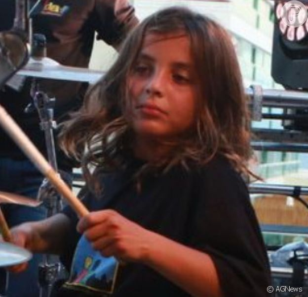 Filho de Ivete Sangalo e Daniel Cady, Marcelo, de 10 anos, gravou participação em videoclipe da mãe, 'O Mundo Vai'