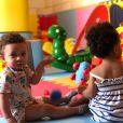 Filhos gêmeos de Erick Jacquin, Elise e Antoine receberam a visita de amigos e familiares dos pais em casa