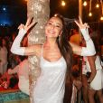 Sabrina Sato curtiu a virada do ano em  Itacaré, Bahia
