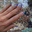 Unha de Carnaval: o glitter ajuda a dar o clima de carnaval