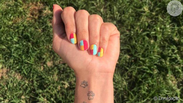 Nail art para copiar já para o Carnaval. Inspire-se nas cores e estampas antes de se jogar na folia!